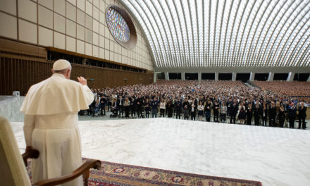 Prayer, dialogue, enthusiasm are key to making good choices, pope says