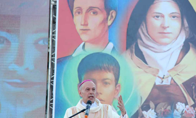 Papal nuncio to join Filipino children in praying for peace