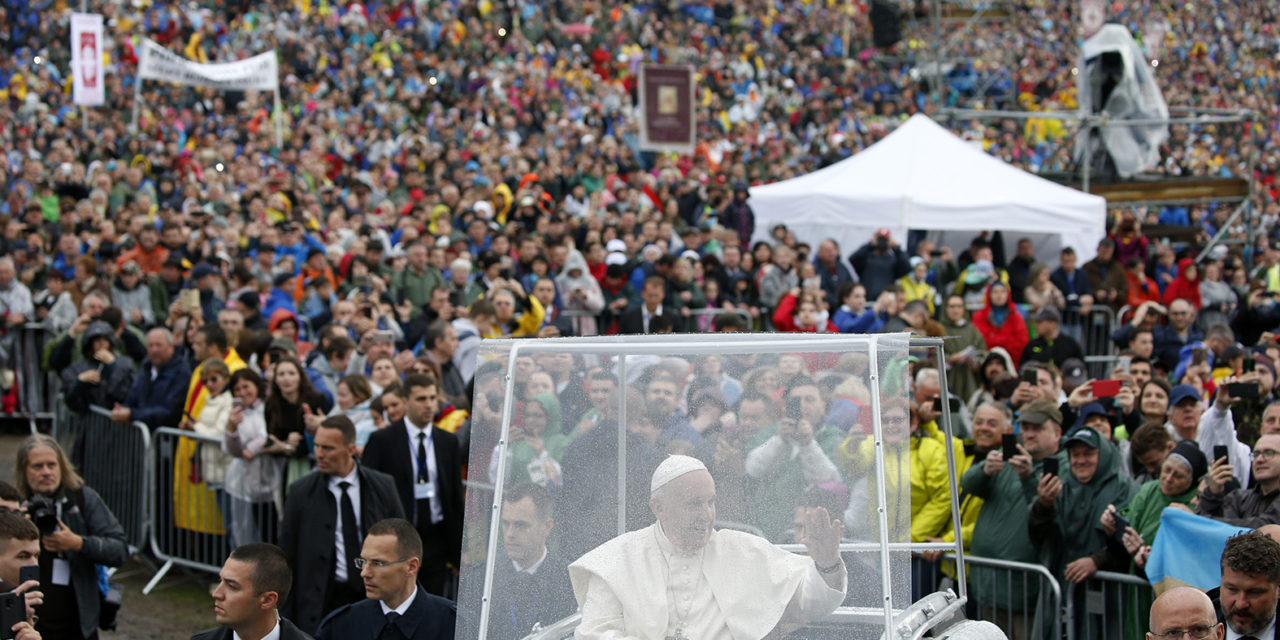 Leave divisions behind, embrace fellowship, pope says at Marian shrine