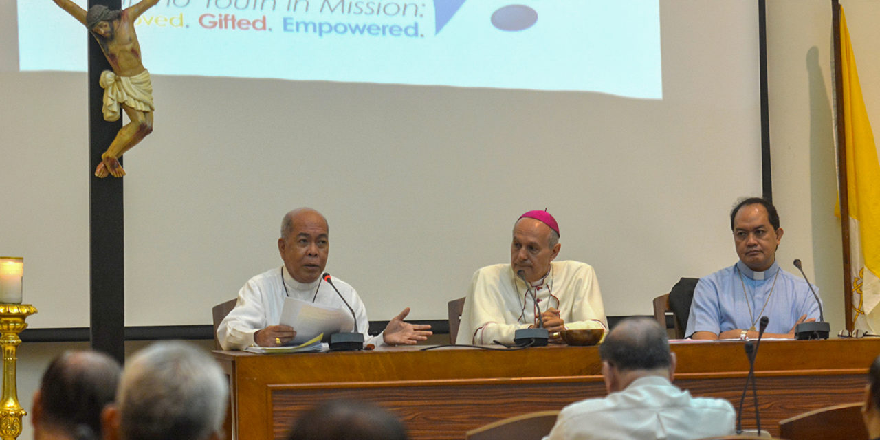 CBCP reelects Archbishop Valles as president