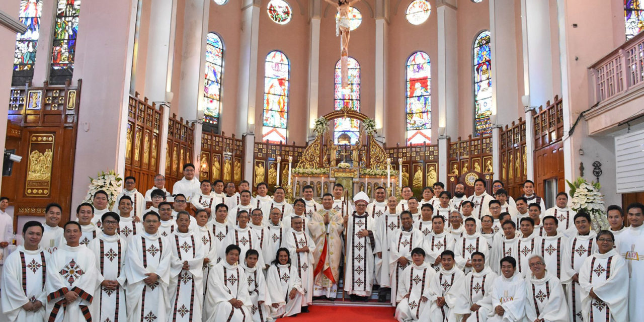 'Make the beauty of the Christian faith shine out amidst persecution'