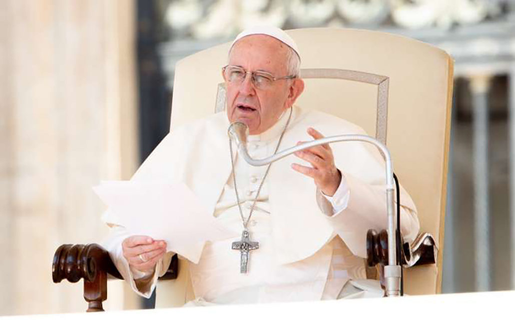 Pope Francis: Judge your own heart first – not that of those in need