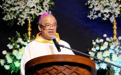 Bishop urges military, Reds to halt clashes