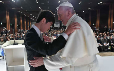 Meeting with disaster victims, pope says human suffering demands a response