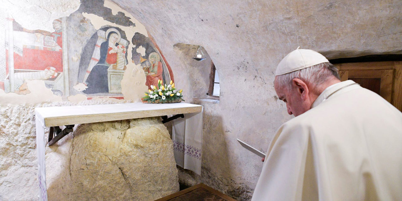 Pope asks Catholics to set up, be enchanted by a Nativity scene