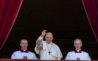 Pope Francis on Christmas: Christ's light is greater than the darkness of world's conflicts