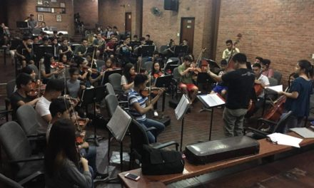 College student conducts orchestra for WACOM4