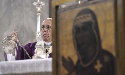 Pope on Ash Wednesday: Feeling suffocated by sin? Let God save you