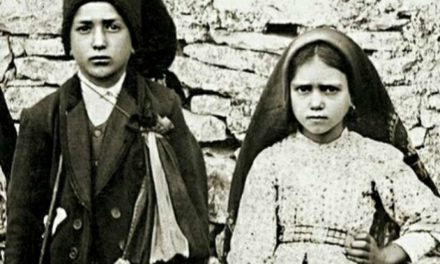 It's official: Pope Francis to canonize Fatima visionaries during May visit