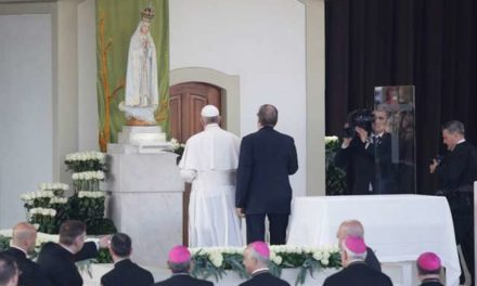 Let's be guided by Mary's Immaculate Heart, Pope says in Fatima