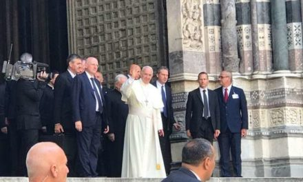 In Genoa, Pope challenges workers, religious and youth
