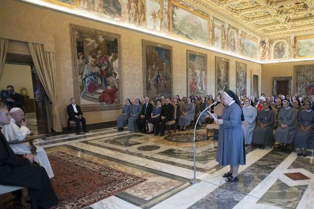 Francis calls Don Orione Sisters to be 'missionaries without borders'