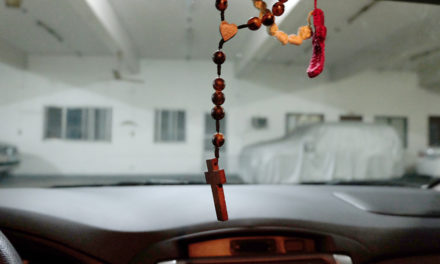 Ban on rosaries in vehicles goes too far— CBCP exec