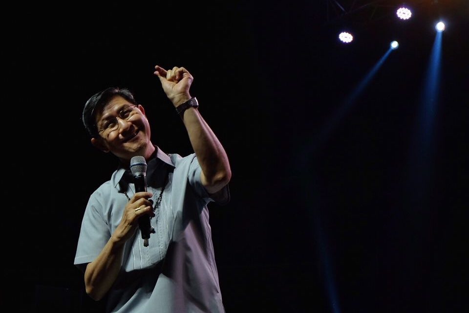 Tagle brings house down at 'Relentless' event, challenges youth
