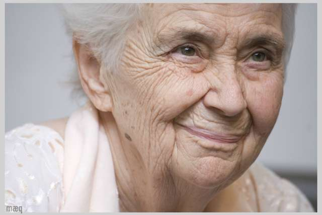 German nun renowned for treating lepers in Pakistan dies at 87