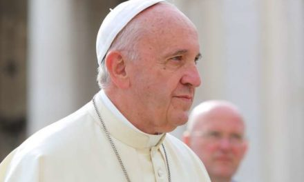 Pope Francis: Fighting the mafia starts with cleaning up politics