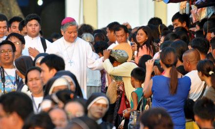 Villegas to priests: 'Lead faithful to gratitude'
