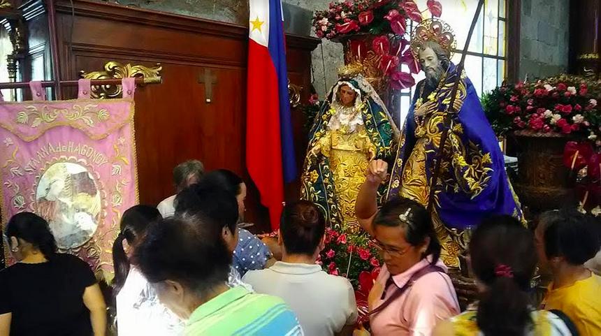 St. Anne visits Marilao during Velada Marileña