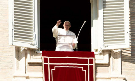 Advent is a time to prioritize God, overcome indifference, Pope says