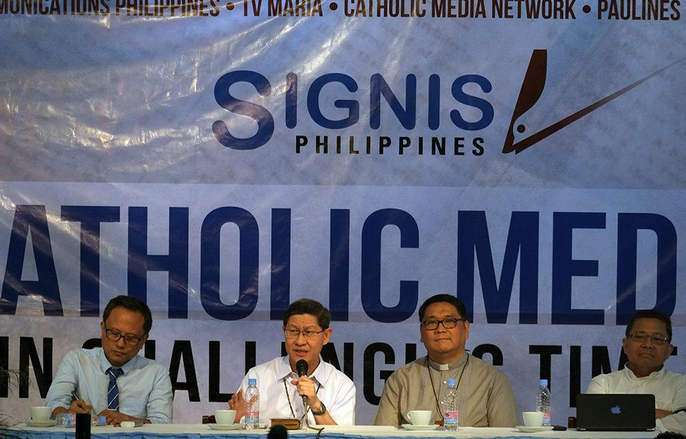Let's work together, Cardinal Tagle urges  Catholic media