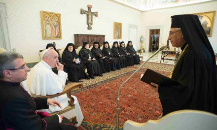 Pope, Melkite patriarch formalize full communion