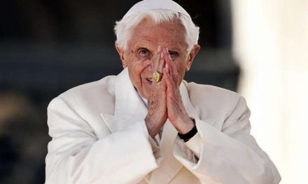 In rare letter, Benedict XVI says he's 'on pilgrimage home'