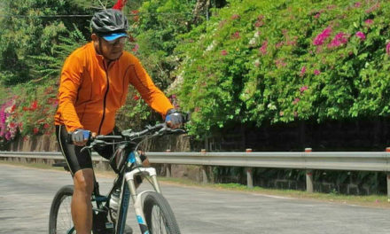 Biking priest's 'last trip' to protest EJKs, martial law