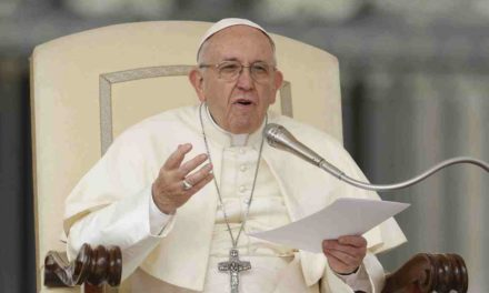 Don't be 'couch potatoes,' get up and evangelize, pope says