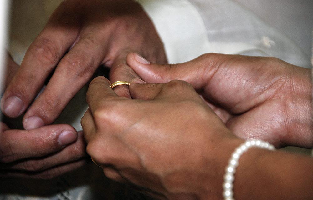 No traditional wedding entourage in Manila this year