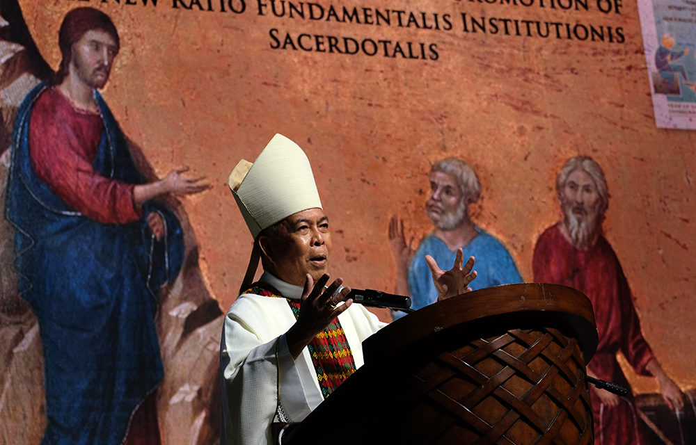 It's simply inappropriate, CBCP head says on arming priests