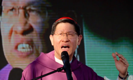 Cardinal Tagle urges Filipinos not to be enslaved by violence
