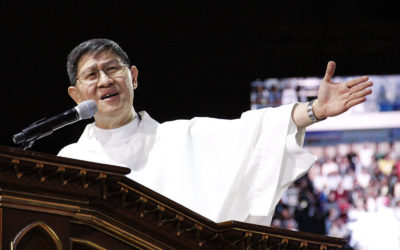 Cardinal Tagle: 'Physical distancing' should not remove 'community caring'
