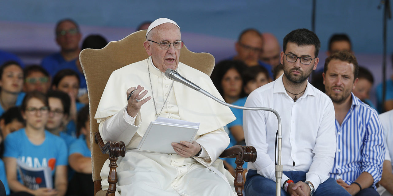 Fight scandal by giving witness to the Gospel, pope tells young people