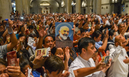 Being 'ordinary' is no excuse not to be holy, says Manila bishop