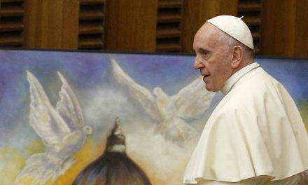 Pope focuses on 'good politics' for 2019 World Peace Day message