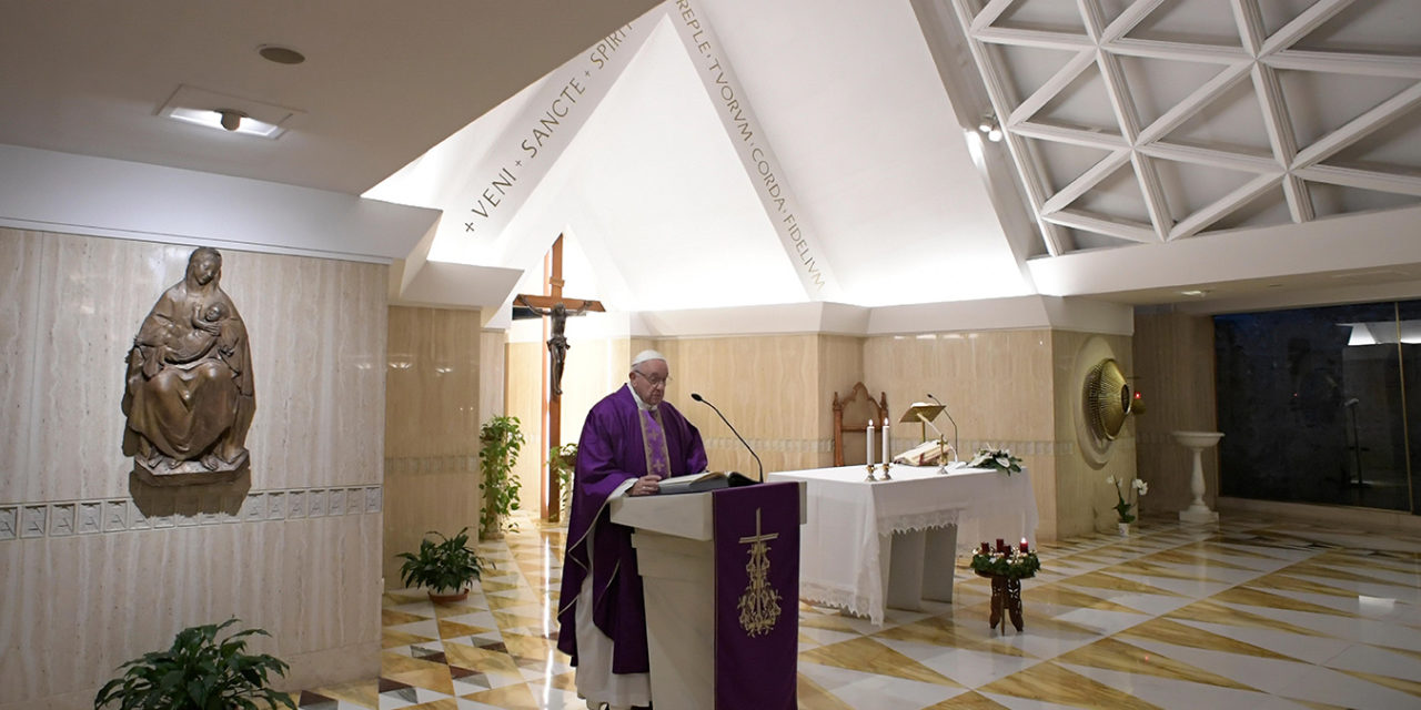 At Advent, make peace, not war, pope says at morning Mass