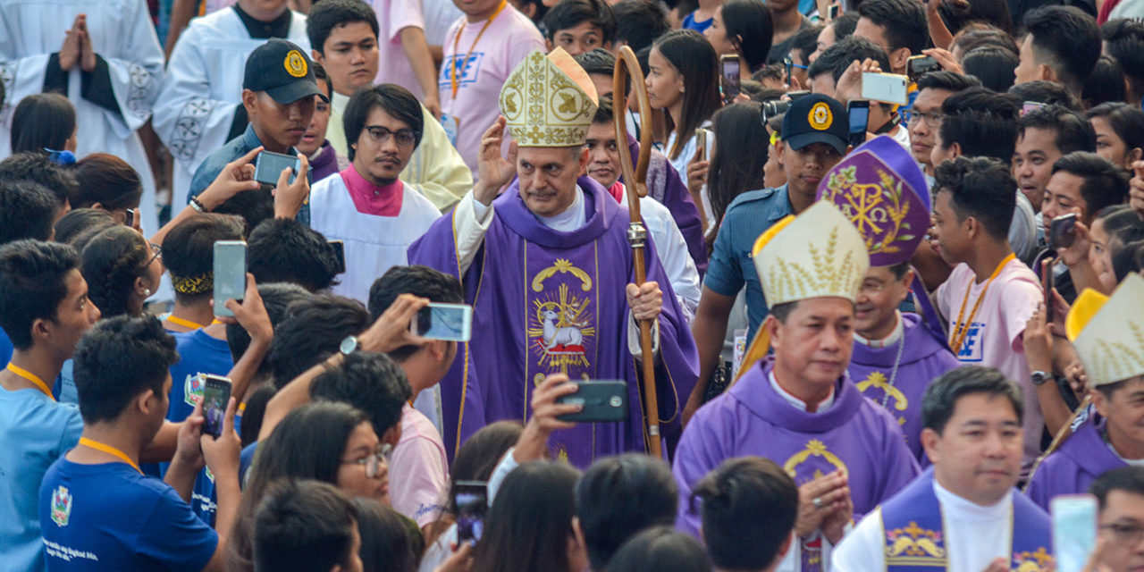 Papal nuncio leads pilgrimage to Mount Samat