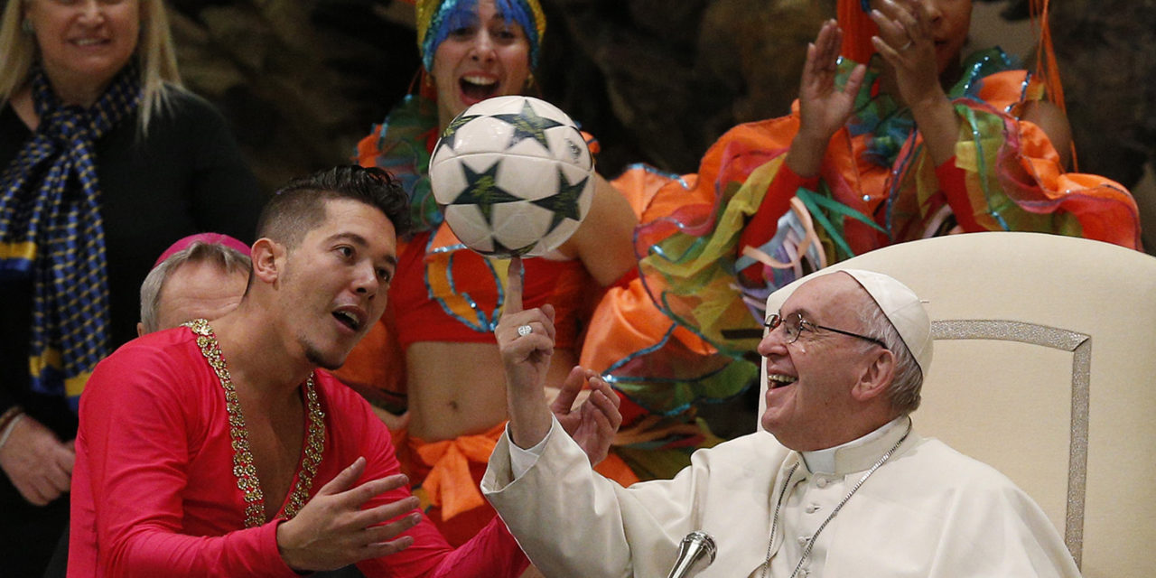 Pope Francis shows off ball spinning skills