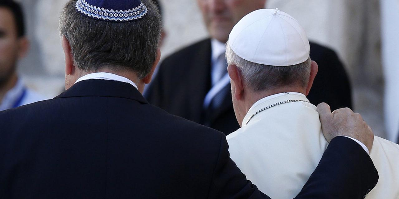 Catholics must continue seeking pardon for anti-Judaism, pope says