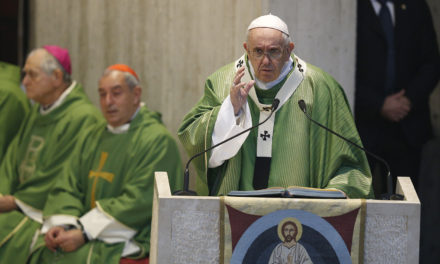 Give up gossiping for Lent, pope suggests