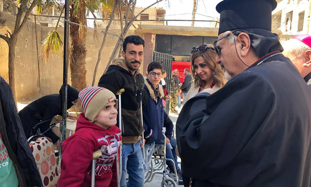 Cardinal Tagle, Syrian prelates visit Ghouta, see 'unspeakable suffering'