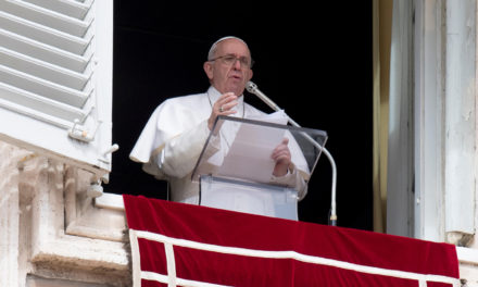 Pope leads pilgrims in prayer for victims of mosque attack