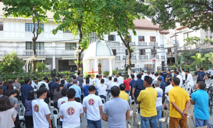 Philippine Knights pray for world's persecuted Christians