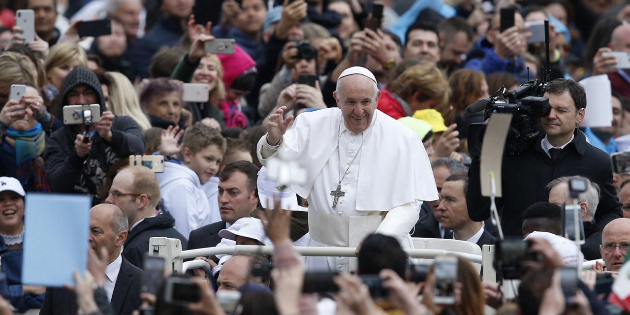 Throwing away food is like throwing away people, pope says