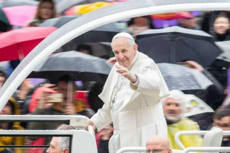 Pope affirms Catholic-Jewish dialogue