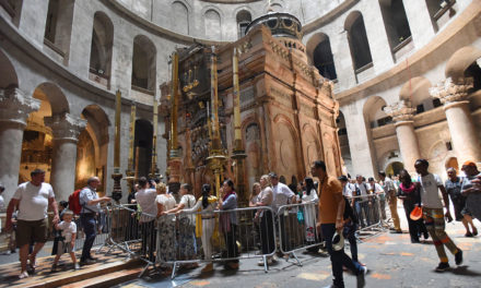 Churches strike deal to renovate Jerusalem Holy Sepulcher