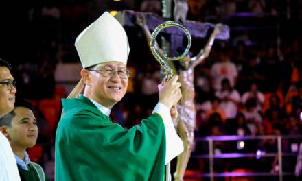 Pope names Tagle among top-ranking cardinals