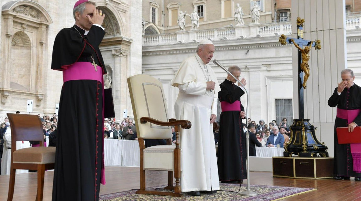 Pope Francis: St. Paul announced Christ to 'idol worshippers' without attacking them
