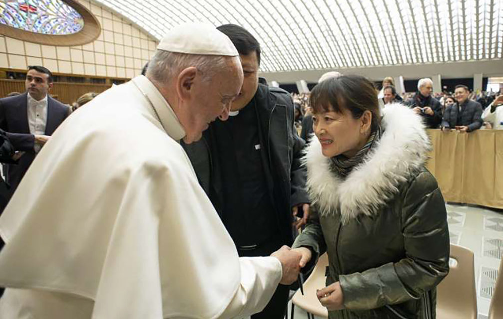 Pope Francis met woman who grabbed him New Year's Eve