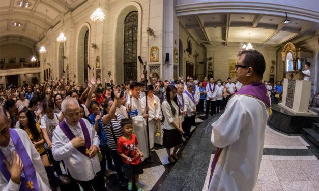 More dioceses across PH cancel public Masses